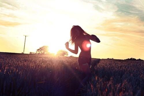 sunbeautifulphotographysunsetwomancontrast-b5cac29869e7ad6832187dfc337ee4a9_h_large